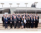 RS Components premia a Schneider Electric y Siemens